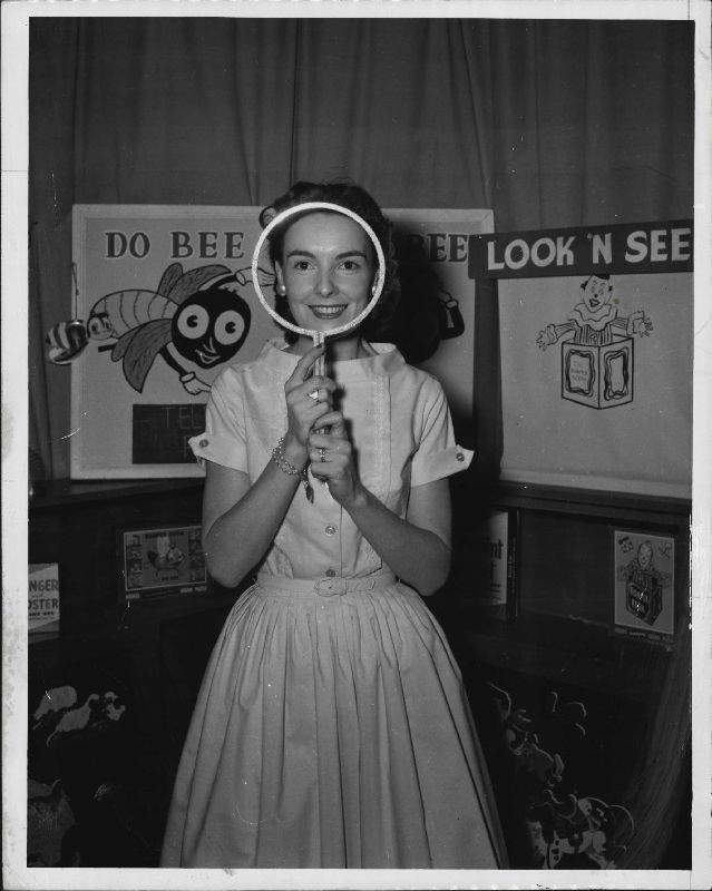 romper-room-magic-mirror